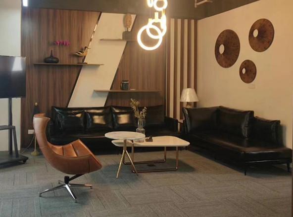Offex Swivel Balloon Chair